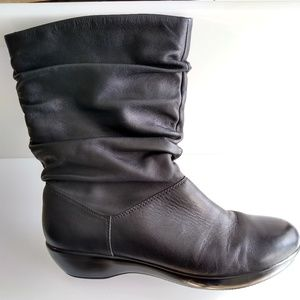 Dansko Womens Devin Nappa Slouch Boots